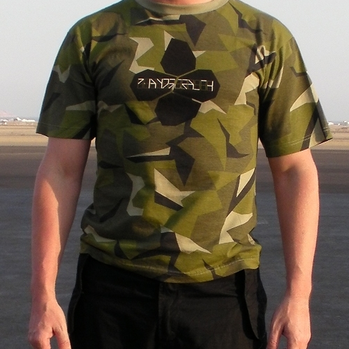SOISONG - PIANOSTEALTH CAMO TEE